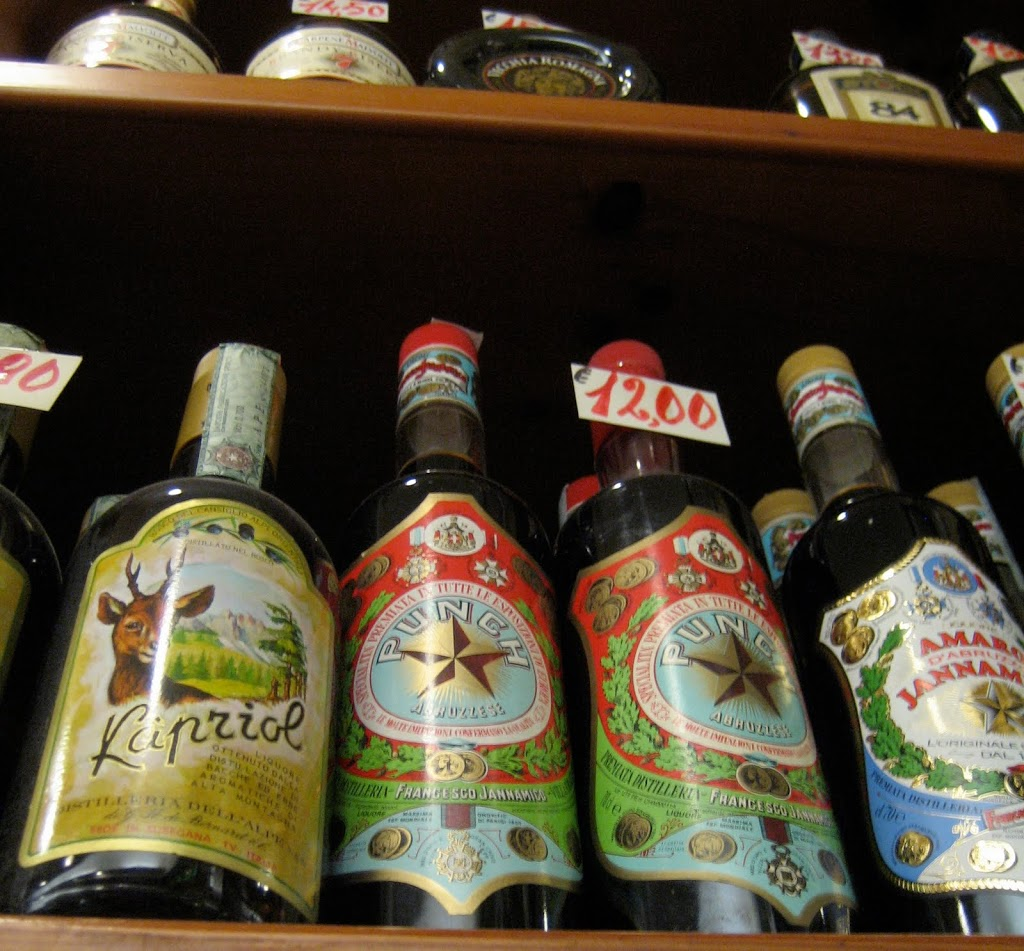 shopping for amaro in rome