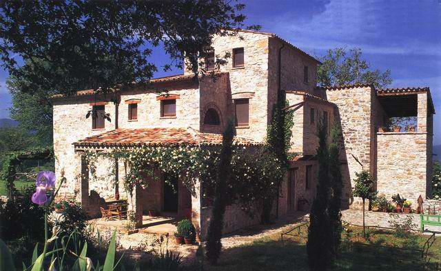 Renting a Villa in Italy