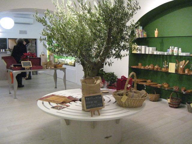 tuscany in rome: last minute christmas shopping