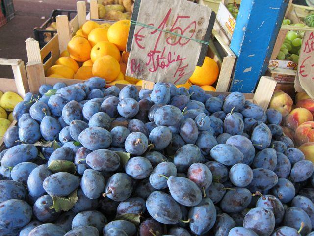 Mercato via gregorio vii elizabeth minchilli for Arredamento via gregorio vii roma