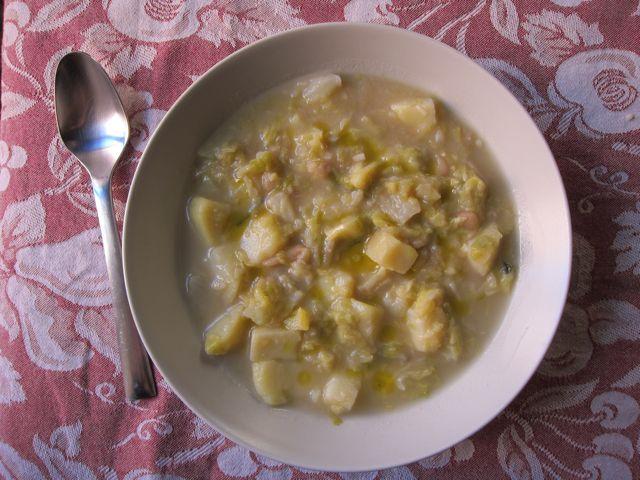 {lazy} cabbage & potato soup