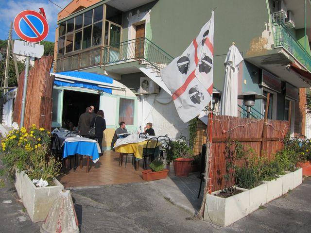 tavola azzurra 2 {eating fish in santa marinella}