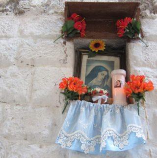 life + shrines {bari vecchia}