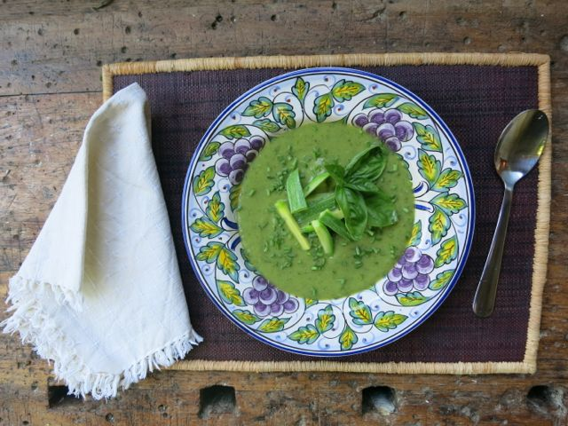 zucchini + basil {soup} www.elizabethminchilliinrome.com