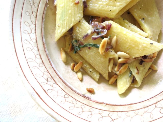red onion, pine nut + sage {pasta}