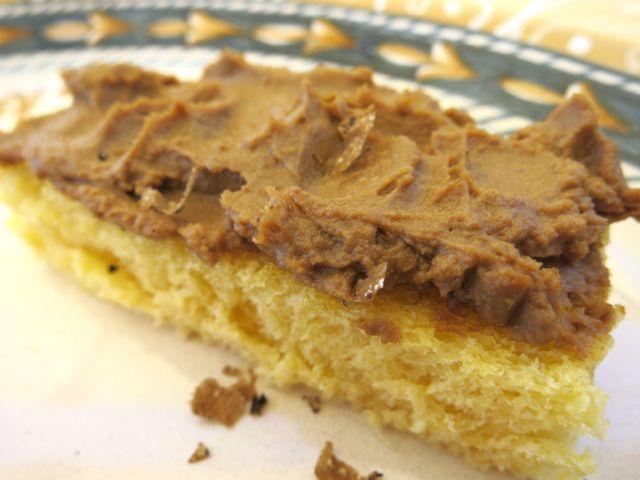 Brioche with porcini truffle pate'