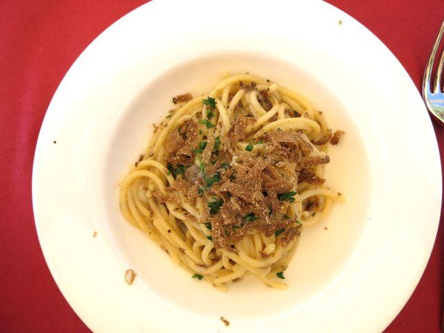 Spaghetti al tartufo