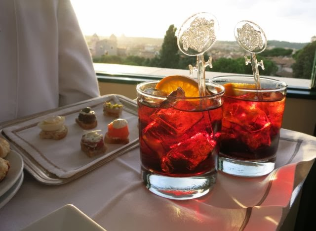 Cocktails-at-Eden-Hotel-252C-Rome-www.ElizabethMinchilliInRome-10
