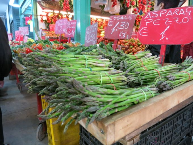 Asparagus at the market in Bari, Italy