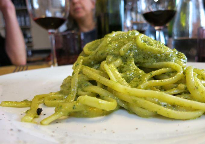 Linguine con Pesto di Pistachio Osteria Tripperia Il Magazzino