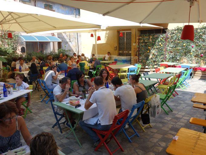 Osteria+de+Borg+Elizabeth+Minchilli+in+Rome5