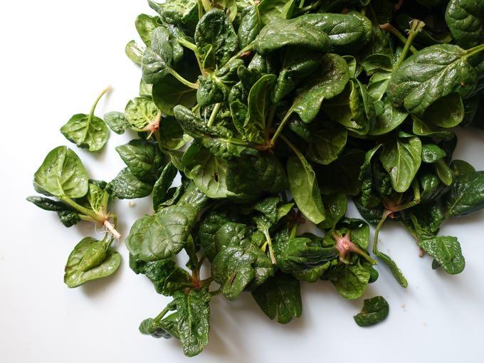 Spinach_Salad_Elizabeth_Minchilli - 1