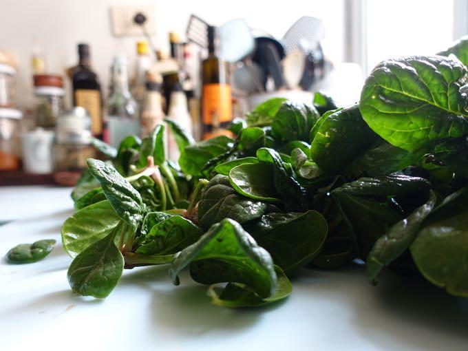 Spinach_Salad_Elizabeth_Minchilli - 2