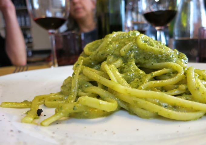 Linguine con Pesto, Tripperia il Magazzino, Florence, Elizabeth Minchilli