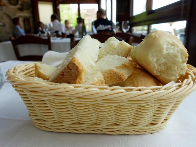 Bread, Il Cadoro, Pacentro, Abruzzo