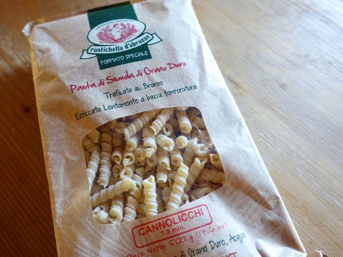 Cannolicchi pasta