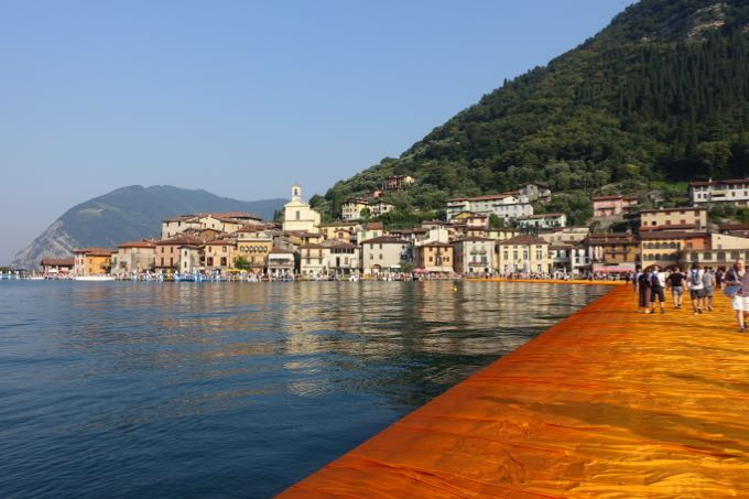 the floating piers {christo at lago d'iseo}