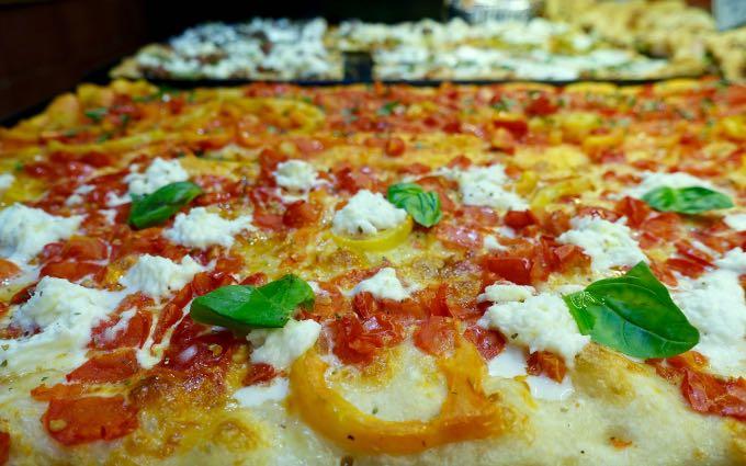 Pizza, Elizabeth Minchilli