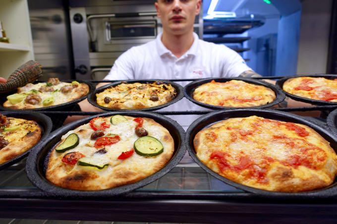 Pizzeria Trieste, Rome, Elizabeth Minchilli