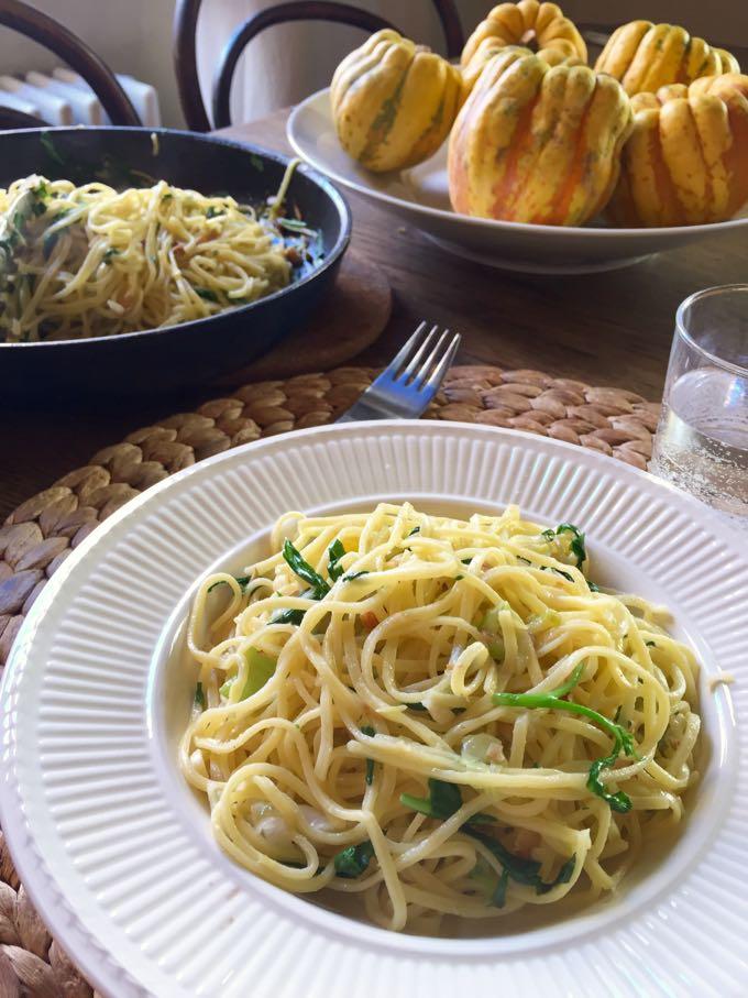 Pasta with Almonds, Arugula ad Lemon