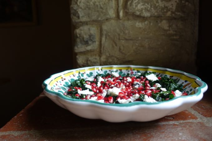 pomegranates-and-kale-salad